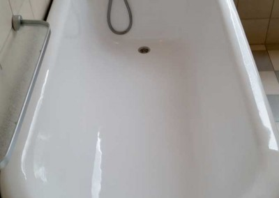 Nostalgische Badewanne renoviert und beschichtet
